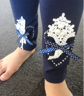 Leggings with Lace Decoration